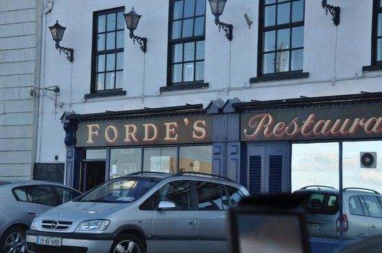Forde's Restaurant: Outside