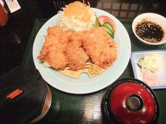 Toriheihonten: 鶏追い定食01