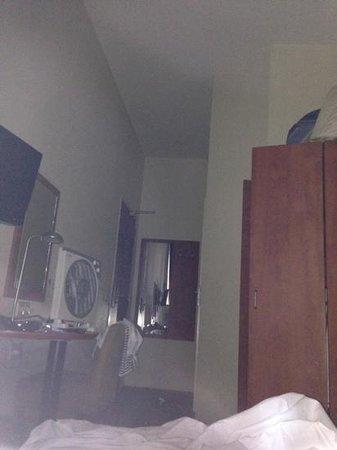 A-Train Hotel: Mini Zimmer für 160 €