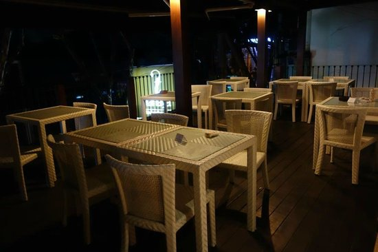 Tanaya Bed & Breakfast: Breakfast table