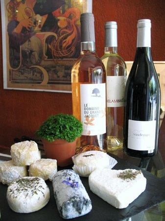 Les Papilles cave a vins et fromages
