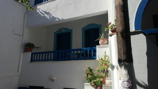 Antonia Studios: balconcino della camera