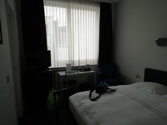 Hotel Argus Brussels: Rummet