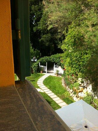 Villa Sonnino: La vista dalla mia camera.. un angolino di paradiso!