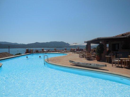 Relais Villa del Golfo & Spa : The pool area