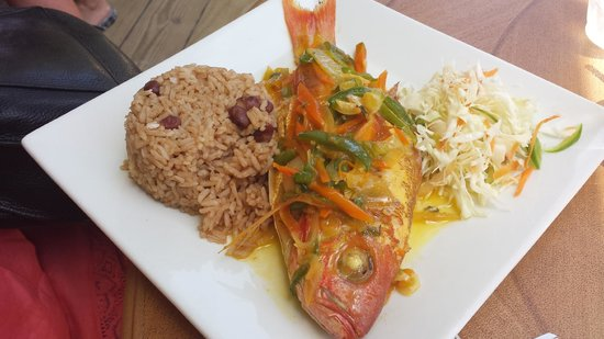 The Boardwalk Hotel : Red snapper