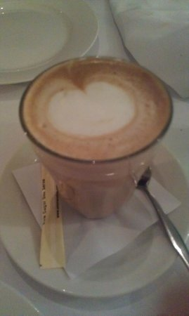 La Vida Restaurant: latte
