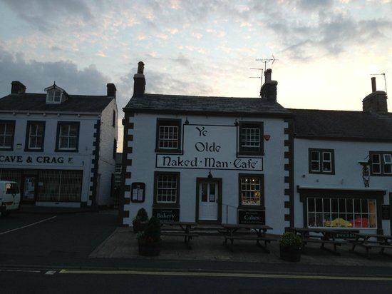 The Lion at Settle: A nearby building that amused