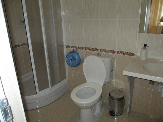 Atapark Otel Restoran Kamping : Bathroom