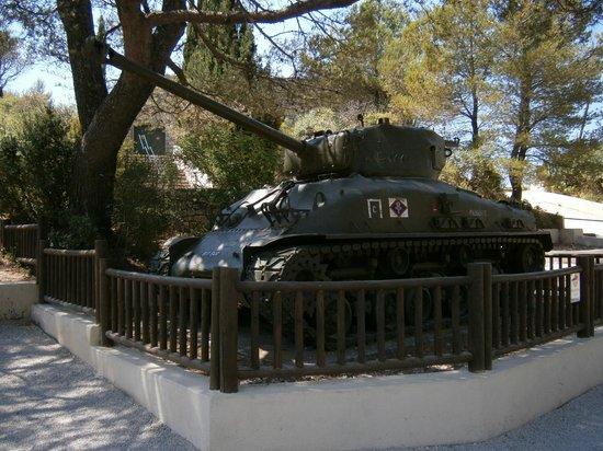 Musee Memorial du Debarquement : Carro armato Bradley
