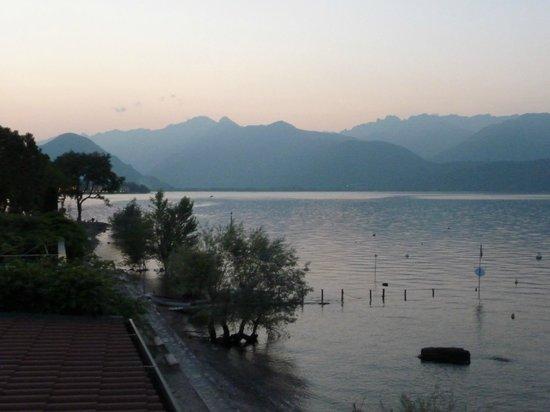 Hotel Belvedere: Evening at Isola Pescatori