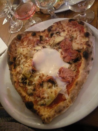 Le Patio: Pizza coeur
