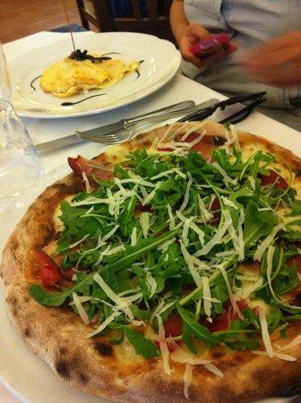 Vittoria : Pizza