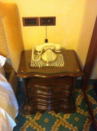Grand Hotel Excelsior: Arredamento camere