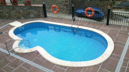 Posada Valle del Oso : La piscina.