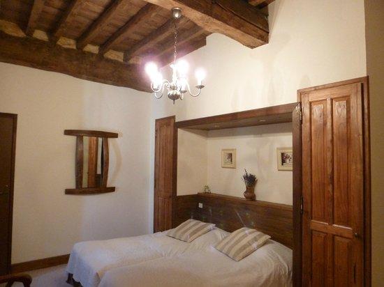 Chateau de l'Hoste: Classic room