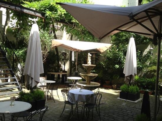 Hotel 't Sandt: de binnentuin
