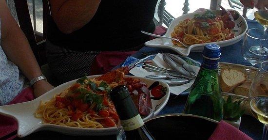 La Vecchia Cantina : Linguine with lobster!