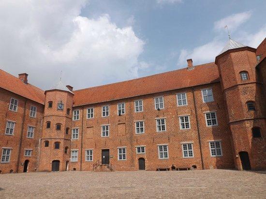 Sønderborg Slot: cortile del castello