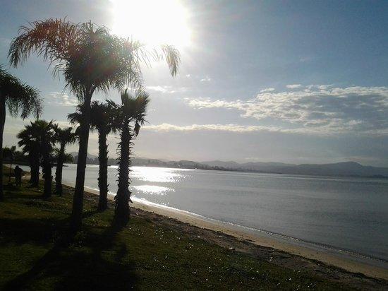 Hotel Ibis Florianopolis: Orla proxima ao hotel