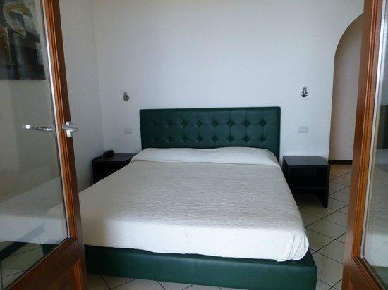 La Zagara Hotel: Chambre un peu petite
