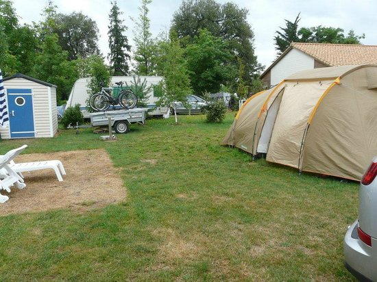 Camping Domaine des Forges: emplacement