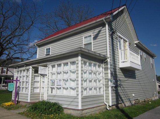 Teahorse Hostel: Tea Horse Hostel, Harper's Ferry