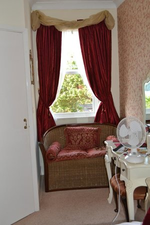 Avenue Park Guest House: Cosy room