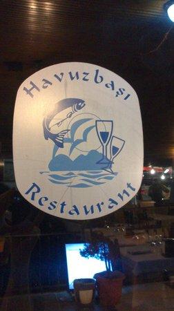 Havuzbasi : restaurant