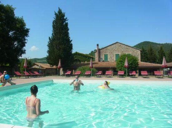 La Casella, Eco Resort : 大自然をバックにプカプカ浮いていたい