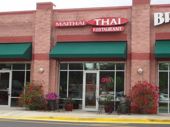 Mai Thai Restaurant : Casual Looking Strip Mall Location