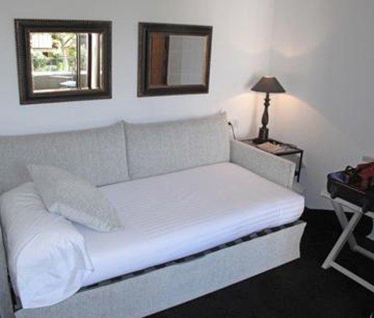 Hotel Primero Primera: second bedroom suite