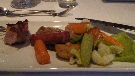 Angavallen: Three types of Pork Dinner