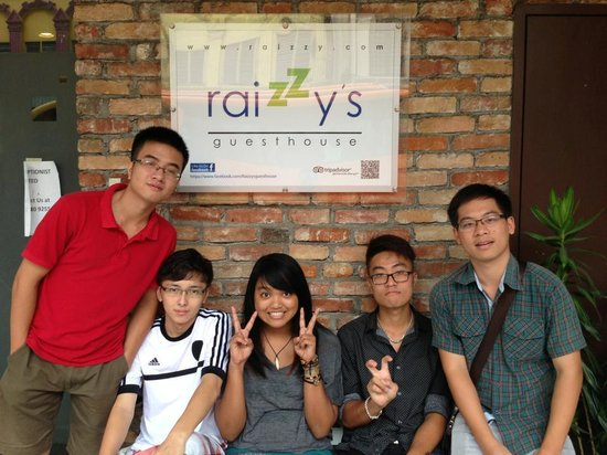Raizzy's Guesthouse: See u next time