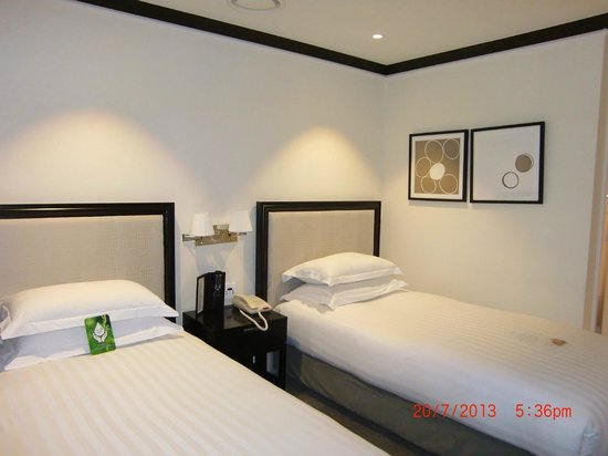 The Grand Hotel Myeongdong: Delxue Room #07-10