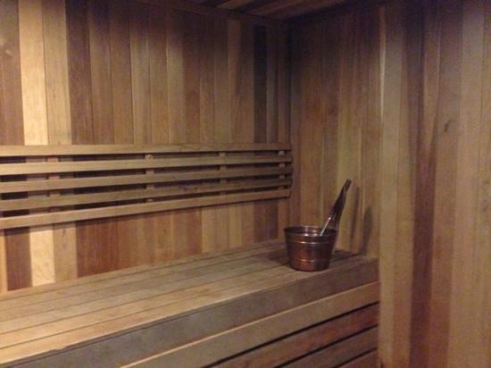 Comfort Suites: sauna