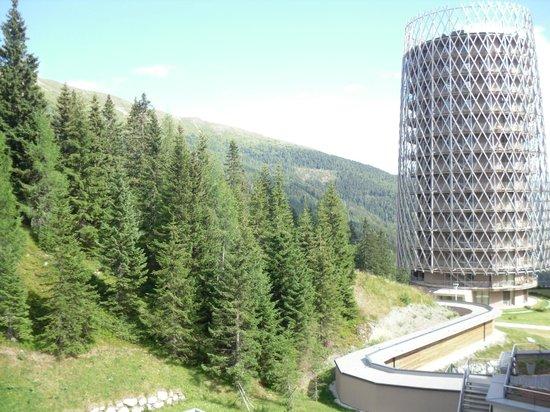 Falkensteiner Hotel Cristallo : Vista dal balcone