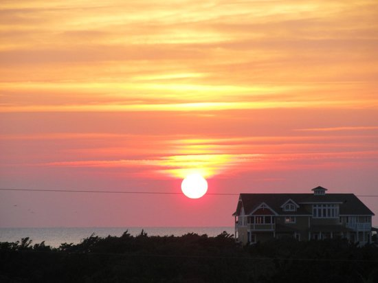 Outer Banks, Carolina del Norte: Beautiful Sunset over the sound