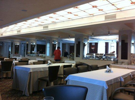 Artis Centrum Hotels: Breakfast room