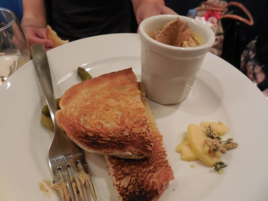 Carluccio's - London, Fenwick Bond St.: chicken liver pate