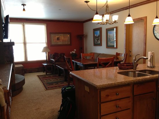 River Run Village: living room / dining area