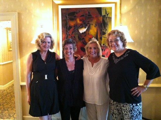 The Vendue Charleston's Art Hotel: The Girl's at the Vendue