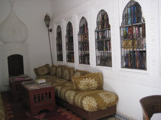 Riad Ifoulki: Bibliothek