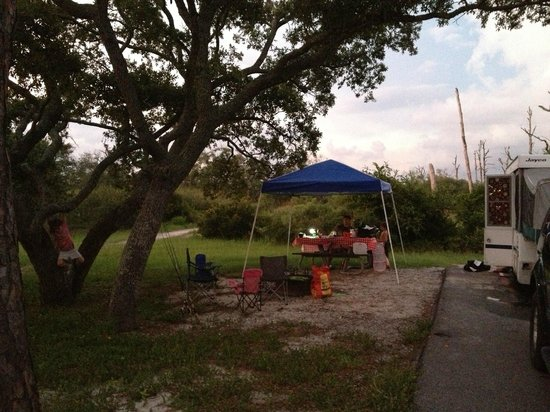 Fort Pickens Campground: Camp site