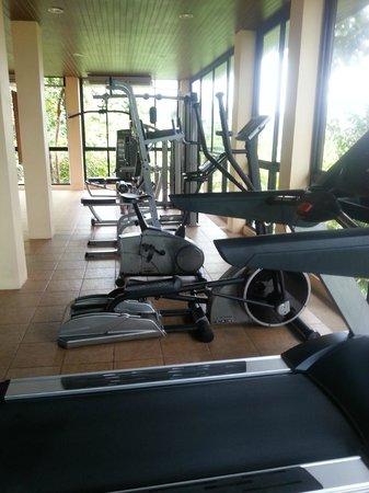Crown Lanta Resort & Spa : Salle de Sport