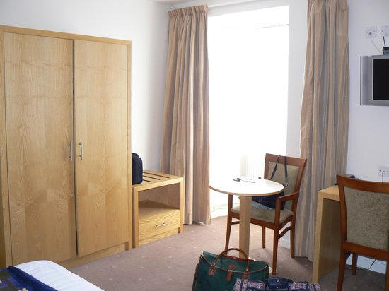 Cleddau Bridge Hotel : room 41.