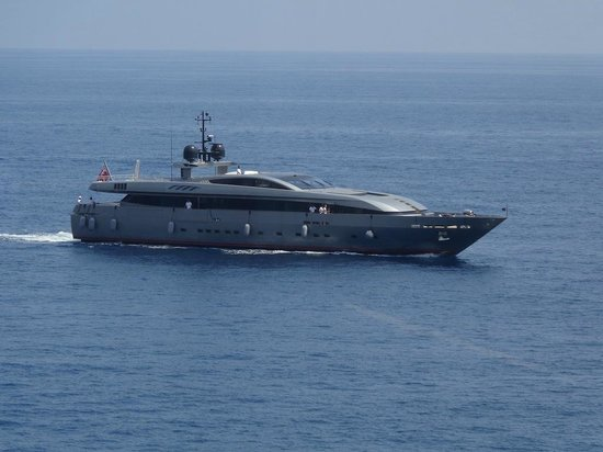L'Argentin Monte Carlo: One of Many Mega Yachts