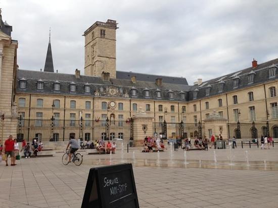 Maison Milliere: Dijon center