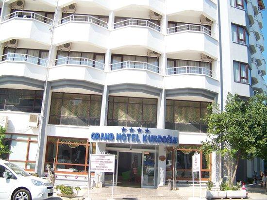 Grand Hotel Kurdoglu: Фасад