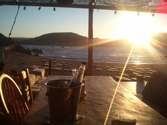 Alemagou Beach Bar: One of the best places for early sunset